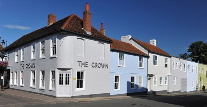 The Crown at Woodbridge Exterior