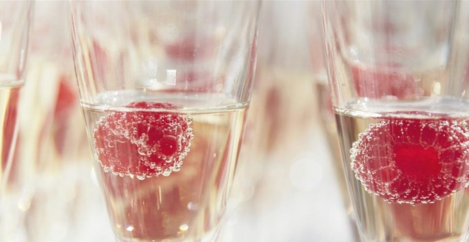 Thorpeness Country Club - Weddings - Bubbles