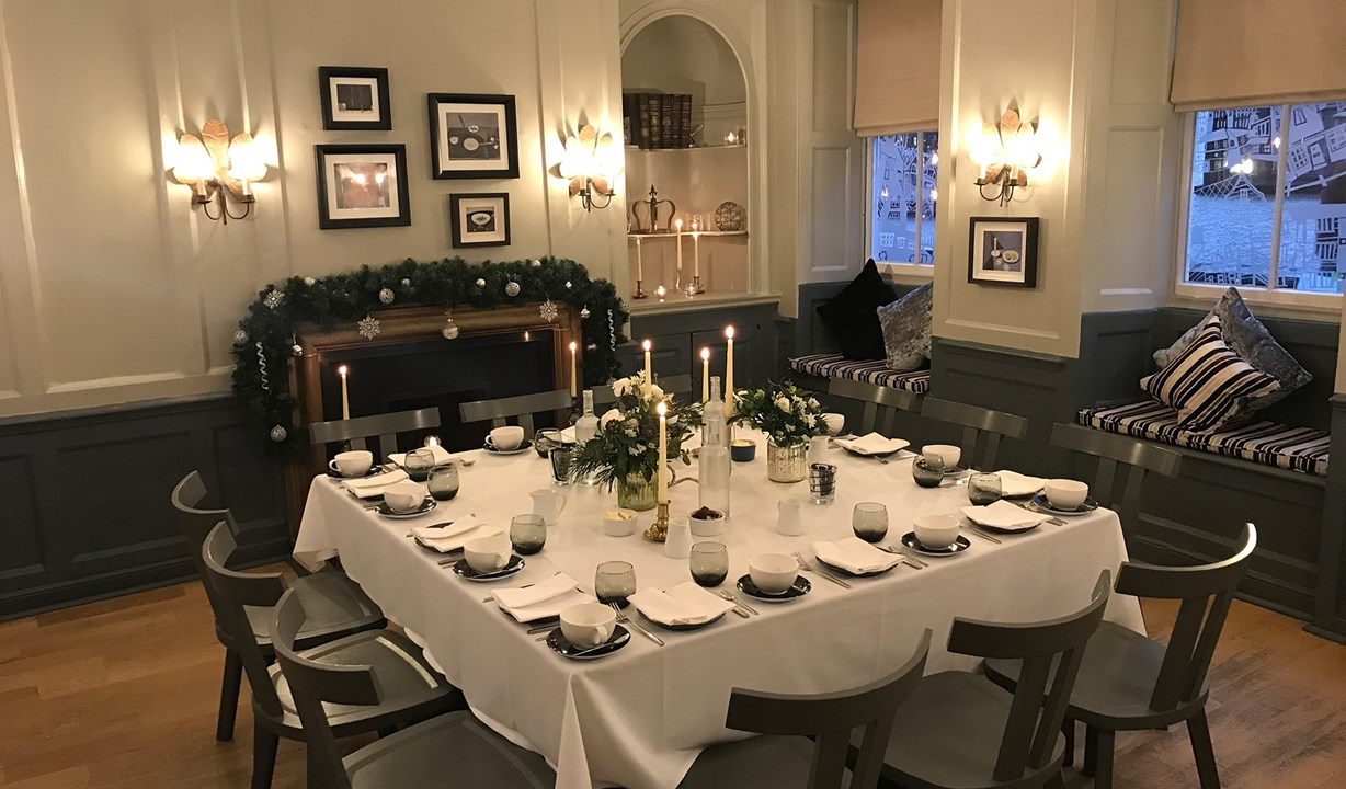 The Crown at Woodbridge - Private Dining Room